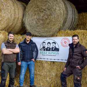 on_Beef-Kings-Bötenberg-Rindfleisch-Gruppenfoto